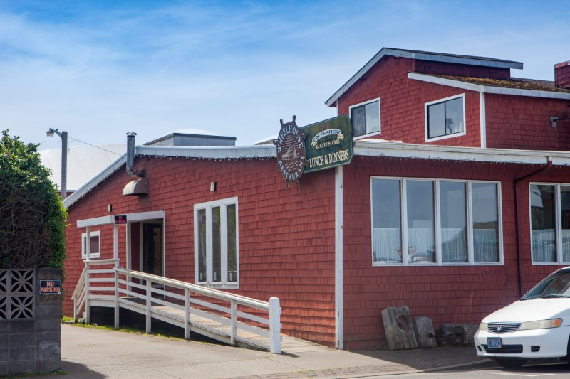 Wheelhouse Restaurant & Crows Nest Lounge